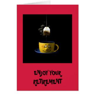 Tasse de carte de retraite de thé