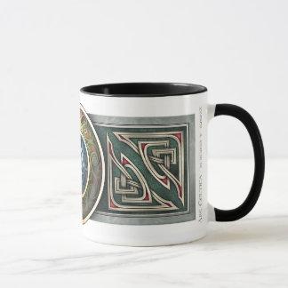 Tasse de conception de Knotwork de Celtic