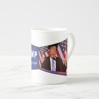 Tasse de Donald Trump