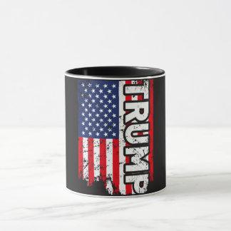Tasse de Donald Trump avec le drapeau des