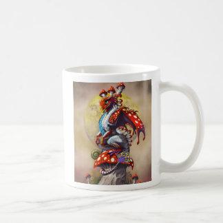 Tasse de dragon de champignon