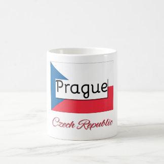 Tasse de drapeau de République Tchèque de Prague