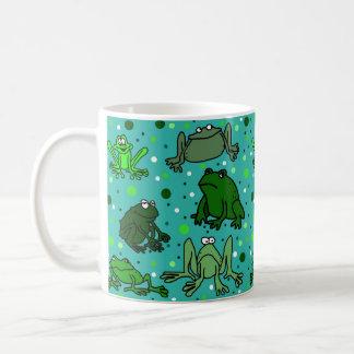 Tasse de grenouille de bande dessinée