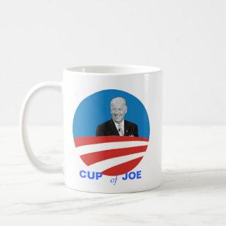 Tasse de Joe Biden de tasses de thé - rire