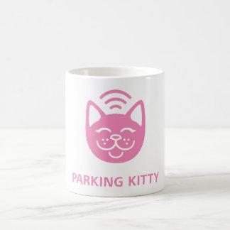 Tasse de Kitty de stationnement