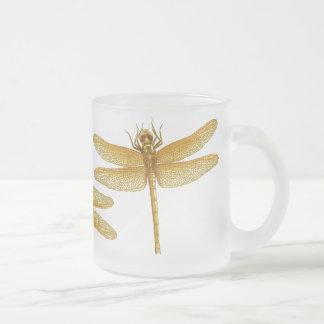Tasse de libellule d'or