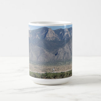Tasse de l'image 1 de Bernalillo de montagnes de
