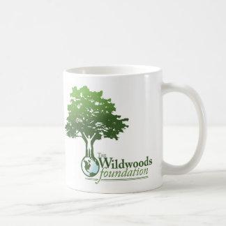 Tasse de logo de Wildwoods avec la devise