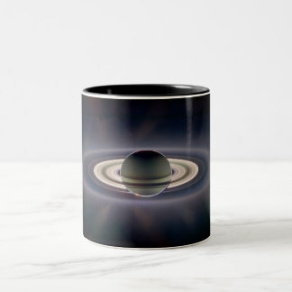 Tasse de l'ombre de Saturn
