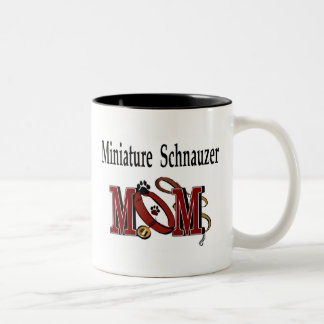 Tasse de maman de Schnauzer miniature