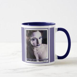 Tasse de mémorial de Belinda Bach