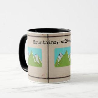 Tasse de montagnes, de café, et de feux