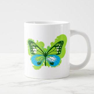 Tasse de papillon de vert d'art de bruit
