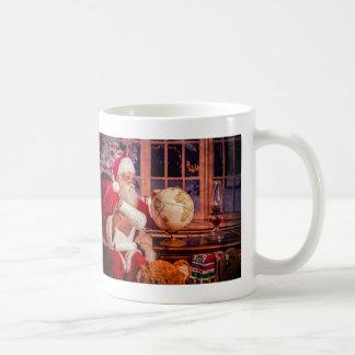 Tasse de Père Noël avec Aninals bourré et Nice