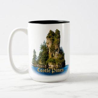 Tasse de pins de château