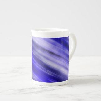 Tasse de porcelaine tendre, art abstrait, bleu
