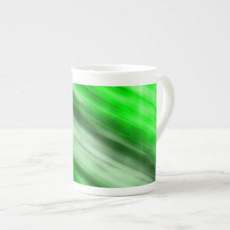 Tasse de porcelaine tendre, art abstrait, vert