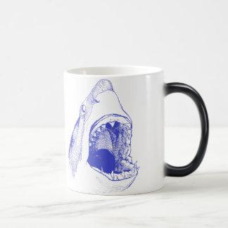 Tasse de requin bleu