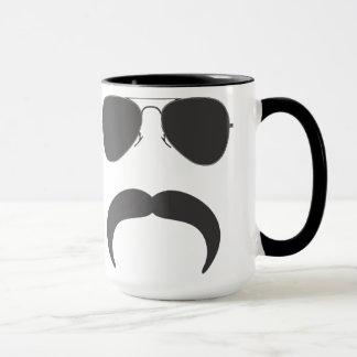 Tasse de silhouette d'aviateur de moustache
