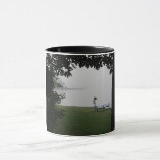 Tasse de sonnerie de lac bruin