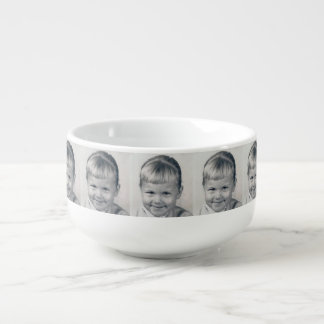 Tasse de soupe à baby boomer