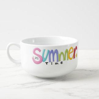 Tasse de soupe à été