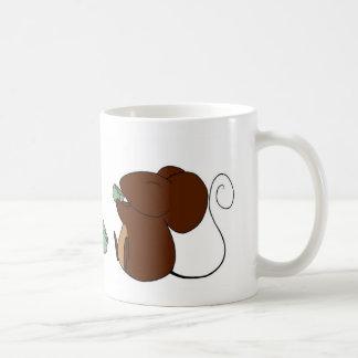 Tasse de souris de temps de thé