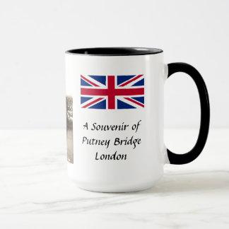 Tasse de souvenir - pont de Putney, Londres