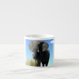 Tasse de spécialité d'éléphant africain tasse expresso