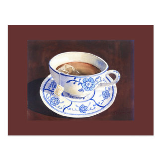 Tasse de thé avec le sac à thé carte postale