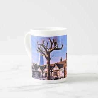 Tasse de thé d'arbre de Londres