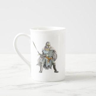 Tasse de thé de chevalier de croisé