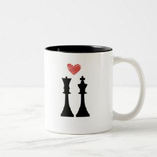 Tasse d'échecs de roi et de Reine