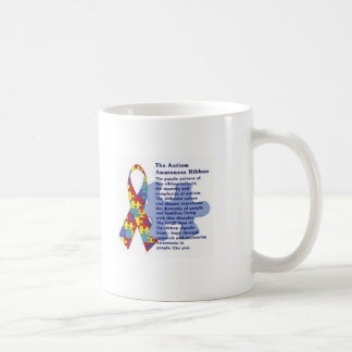 Tasse d'histoire de ruban d'autisme