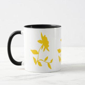 Tasse d'or de fleur