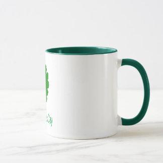 Tasse du jour de cinq de feuille St Patrick de