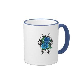 tasse en céramique de double de bleu sonnerie de r