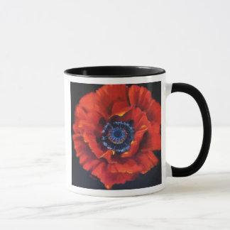 Tasse en céramique de pavot rouge