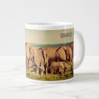Tasse enorme nommée faite sur commande d'éléphants