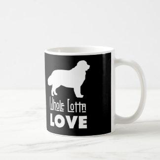 Tasse entière d'amour de Lotta Newfie