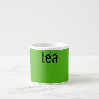 Tasse Expresso attaque le thé