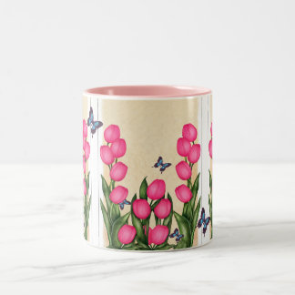 Tasse florale de tulipes roses