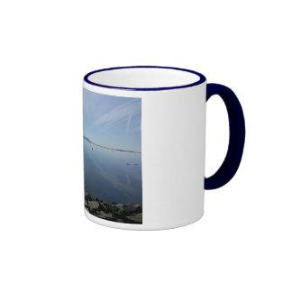 Tasse géante de sonnerie du bleu marine de sommeil