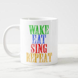 Tasse Géante Le sillage mangent chantent la répétition
