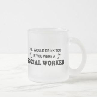 Tasse Givré De boissons assistant social trop -