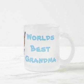Tasse Givré Le meilleur handprint MIG de bébé de grand-maman