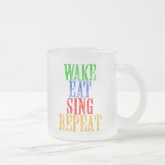Tasse Givré Le sillage mangent chantent la répétition
