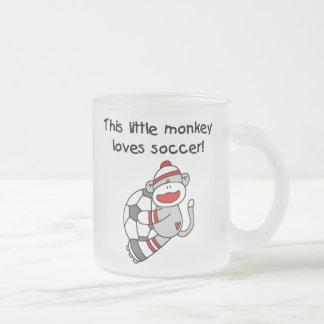 Tasse Givré Le singe de chaussette aime des T-shirts et des