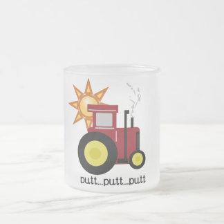 Tasse Givré T-shirts et cadeaux rouges de tracteur de ferme
