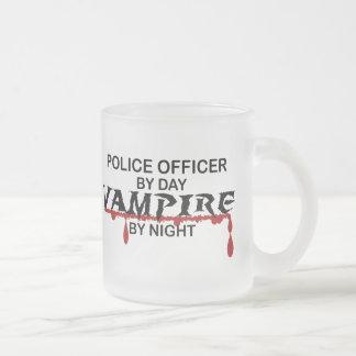 Tasse Givré Vampire de policier par nuit